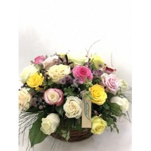 Centro rosas multicolor
